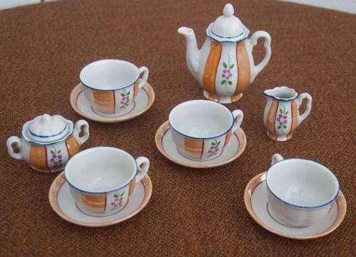 348 best miniature tea sets images on pinterest tea pots childrens tea sets and high tea. Black Bedroom Furniture Sets. Home Design Ideas