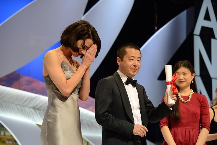 Jia Zhang Ke reçoit le prix du scénario pour « A Touch of Sin »  © Ville de Cannes 2013 - Traverso