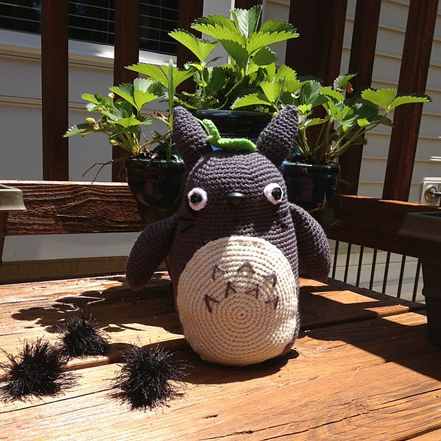 Totoro Amigurumi Ravelry : 17 Best images about Totoro on Pinterest Ravelry, No ...
