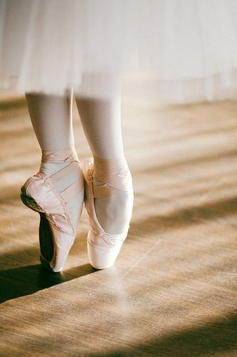 chaussons pointe tutu long danseuse