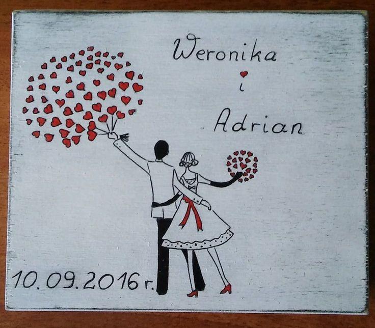 Kolejne pudełeczko zrobione na zamówienie Weroniki i Adriana. :D Które lepsze?