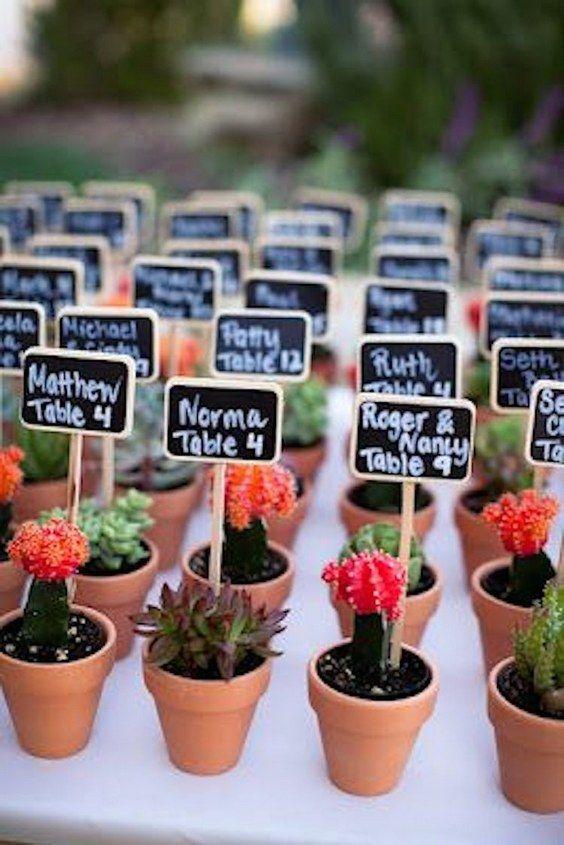 unique wedding favour ideas / http://www.himisspuff.com/potted-plants-wedding-decor-ideas/11/
