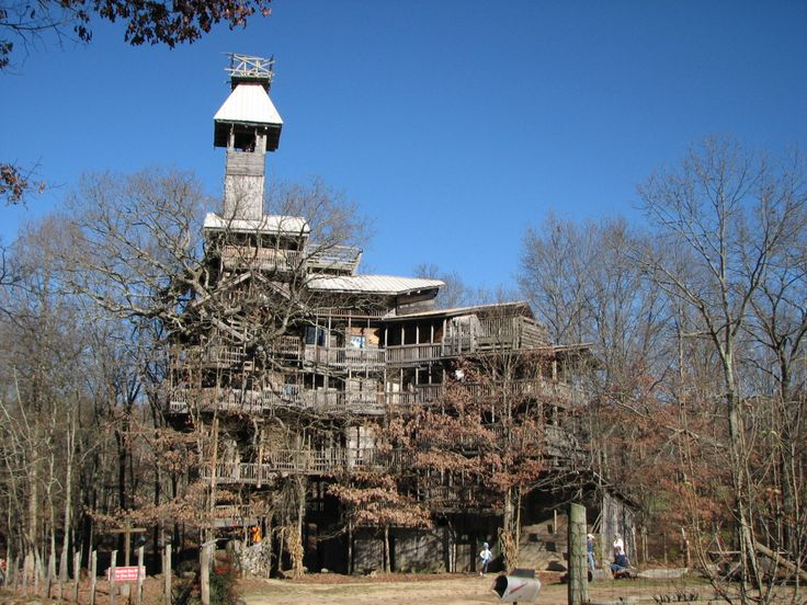 The Minister's Treehouse, Crossville Tennessee