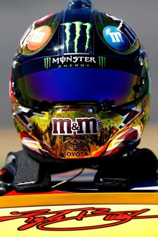 As always....my favorite driver has the best helmet too....love Kyle Busch the BEST driver in NASCAR!!!!!