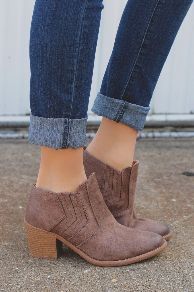 Taupe Chevron Stitch Detail Almond Toe Booties Tobin-24 – UOIOnline.com: Women's Clothing Boutique