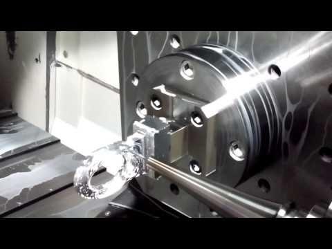 同時5軸切削加工!メビウスリング - YouTube #Mobius strip