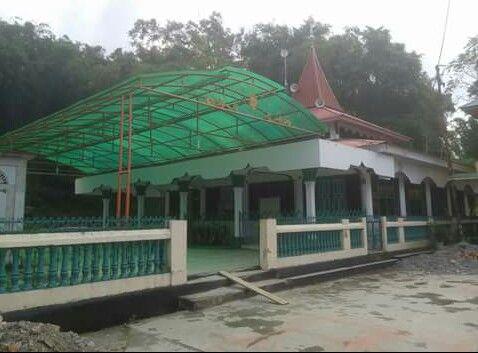masjid caruak