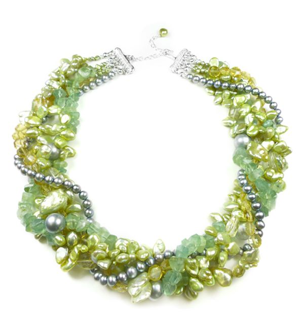 Green Cluster Pearl Necklace