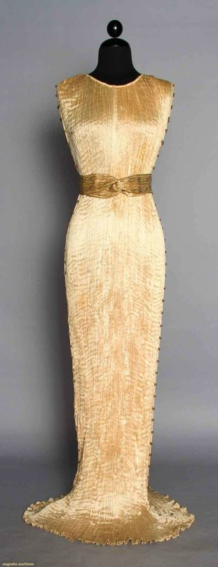 Fortuny Silk Delphos Gown with box, 1920-1930s.