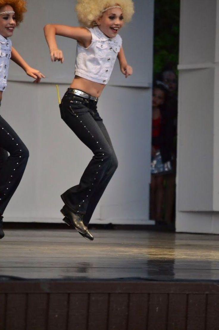 """Mackenzie Ziegler Danced at the """"ALDC Summer Kick-Off Concert"""" [2014]"""