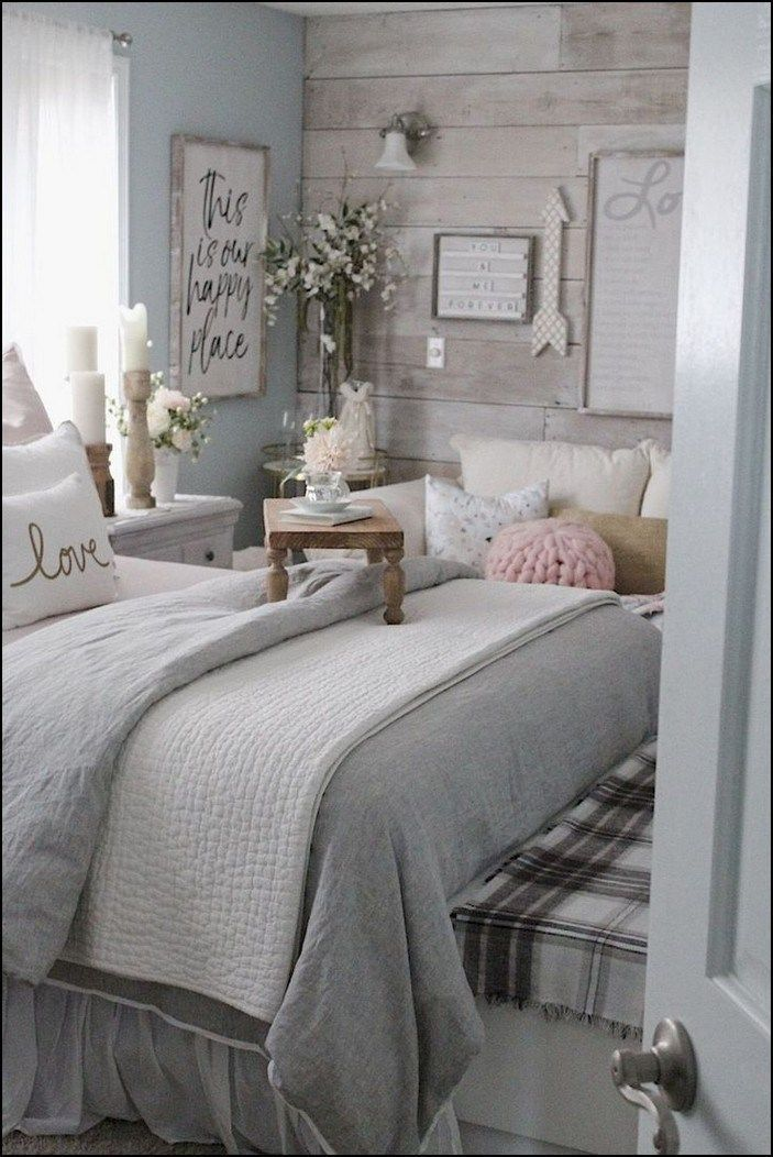 89 Recommended Small Bedroom Ideas To Get A Spacious Look Pag Shabby Chic Master Bedroom Chic Master Bedroom Small Master Bedroom Decorating Ideas