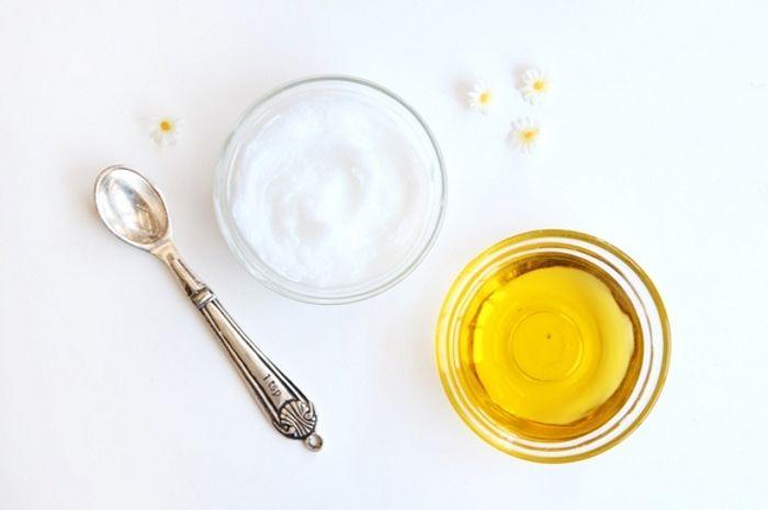 L'Olio d'Oliva sui capelli secchi e sfibrati è miracoloso: basta imparare a usarlo nel modo corretto come impacco pre-shampoo nutriente e ristrutturante!