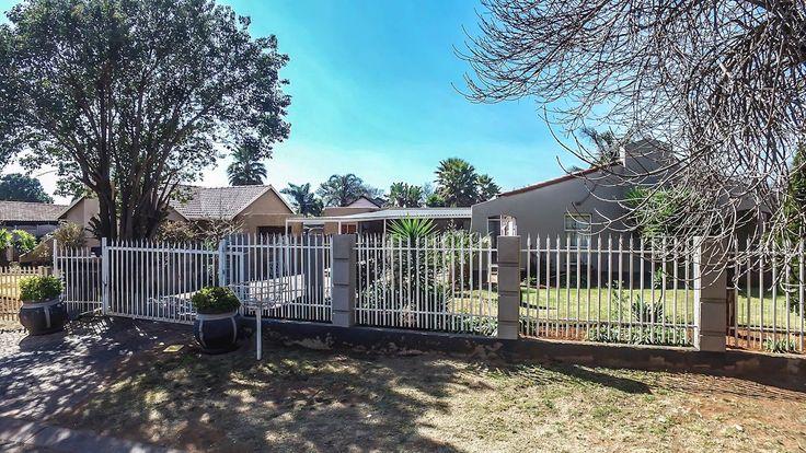 3 Bedroom House in Rhodesfield