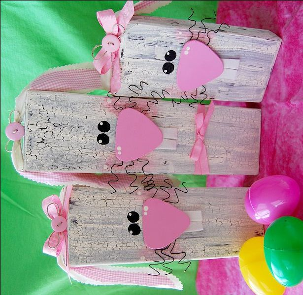 Wooden Bunnies, #craft, children, elementary school, DIY, CreativeMeInspiredYou.com, #knutselen, kinderen, basisschool, houten konijn, Pasen