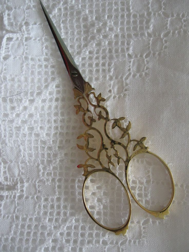 beautiful scrollwork scissors http://shannonssewandsew.com                                                                                                                                                                                 More