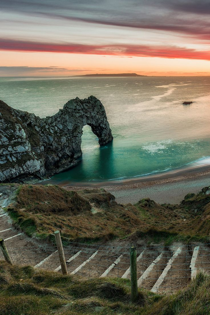 "lsleofskye: ""The Mouth Of Durdle Door """