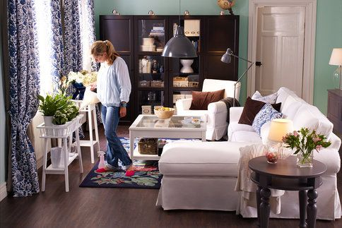 Sázka na jistotu – bílé květináče či obaly na květináče se hodí do každého interiéru