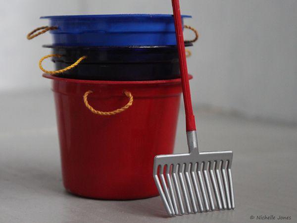 DIY Muck Buckets and Hay Nets. So easy!