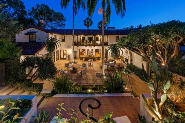 La casa che Pattinson condivise con la Stewart: una splendida hacienda coloniale