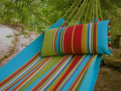 Garden hammocks, Deckchairstripes.: Gardens Hammocks, Grand Prize, Www Deckchairstripes Com, Outdoor, Deckchairstripes Strips, Book, Stripes Fabrics, Stripes Hammocks, Stripes Gardens