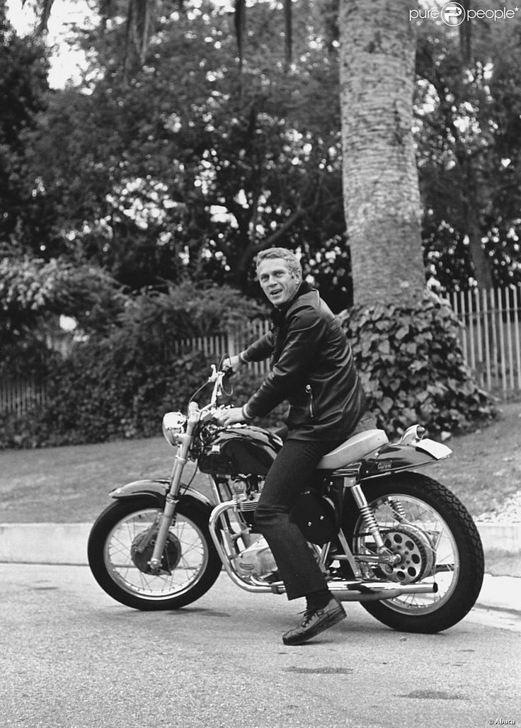 Steve McQueen sur sa Metisse