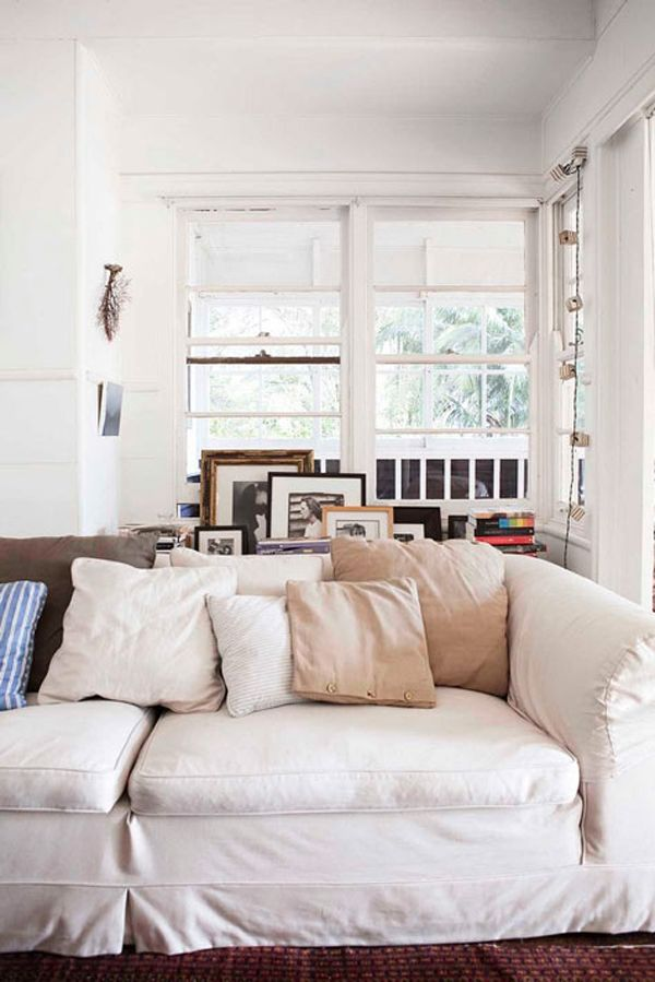 best 25 bookcase behind sofa ideas on pinterest Family Room Designs with Fireplace Small Family Room Ideas