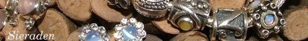 20% korting op alle sieraden tijdens de feestdagen.  Kijk op: http://www.atelierroos.nl/index.php?option=com_content=article=4:20-korting-op-alle-sieraden=2:aanbiedingsartikelen