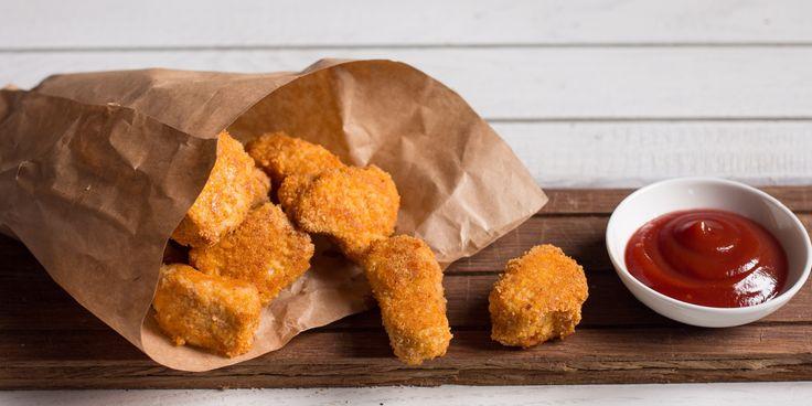 Как приготовить полезные куриные наггетсы - http://lifehacker.ru/2016/04/23/nuggets/??PN