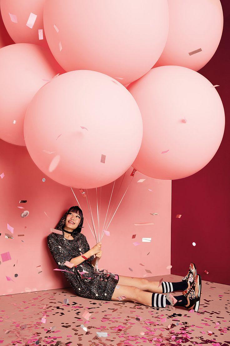 фотосессия с шарами воздушными дома окна