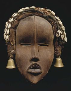 Dan Deangle Mask, Ivory Coast http://www.imodara.com/post/90197143894/ivory-coast-dan-tankagle-entertainment-mask