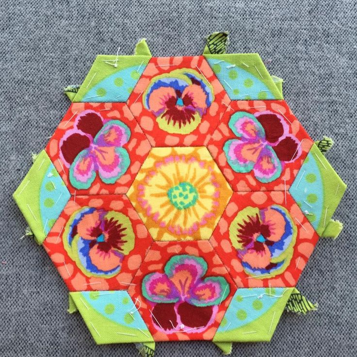 386 Best Images About Tumbling Blocks Hexagons On Pinterest Quilt Grandmothers And Hexagon
