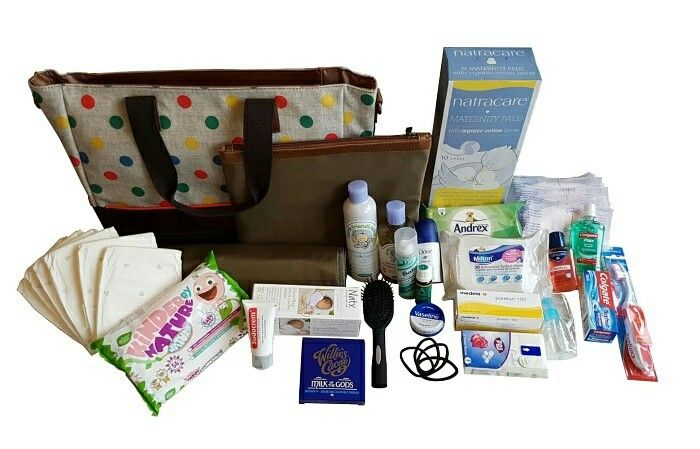 Luxury pre-packed maternity baby bags and its organic/natural contents. Purchase from Mummys Bubble. Http://mummysbubble.com/shop