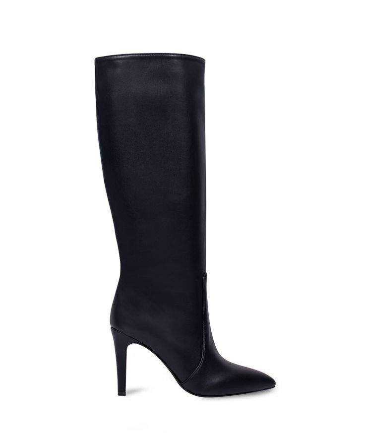 SANTE pointed toe thin heeled boot for the everyday classics... Black