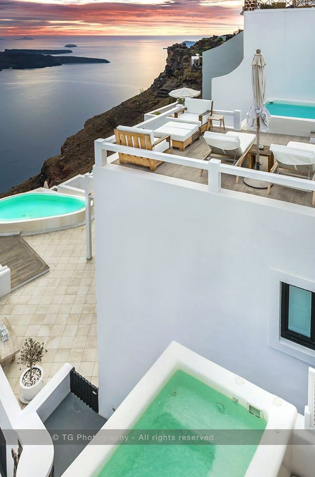 Wonderful sunset experience. Aqua Luxury Suites- Imerovigli. Santorini Photo Safari →