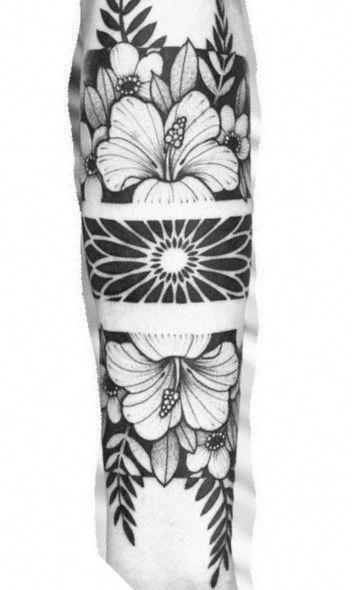 geometric tattoo pattern #Geometrictattoos #flowertattoos