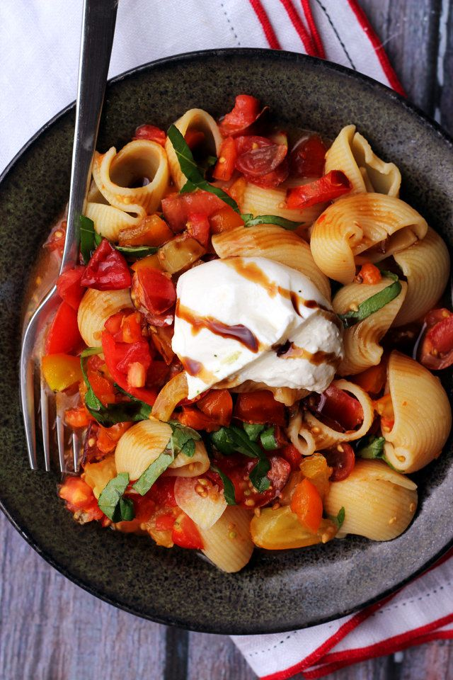 Simple, quality ingredients make this no cook heirloom tomato sauce with burrata absolutely delicious without being overcomplicated.