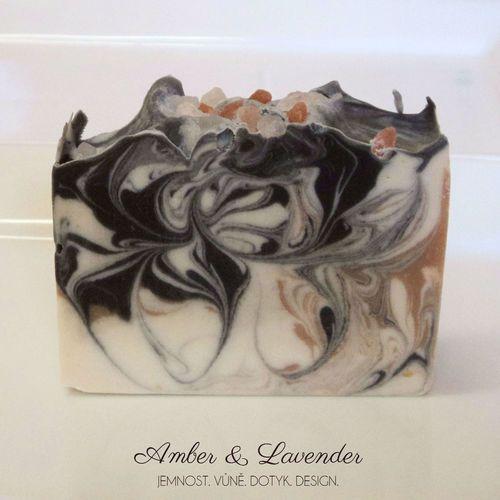 Amber & Lavender ambra a levandule, pánská vůně, nebo výrazná vůně pro ženy 90g min/110Kč