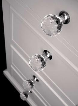 Kryształowe (szklane) uchwyty do szuflad