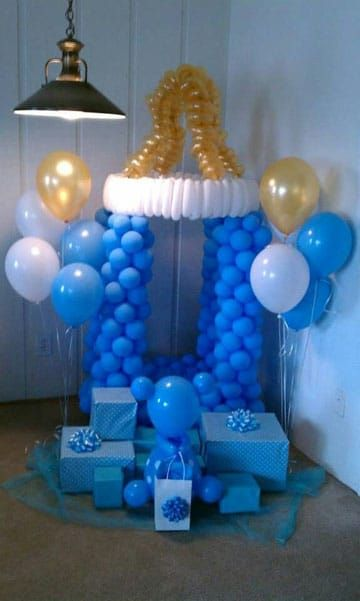 adornos con globos para bautizo grande