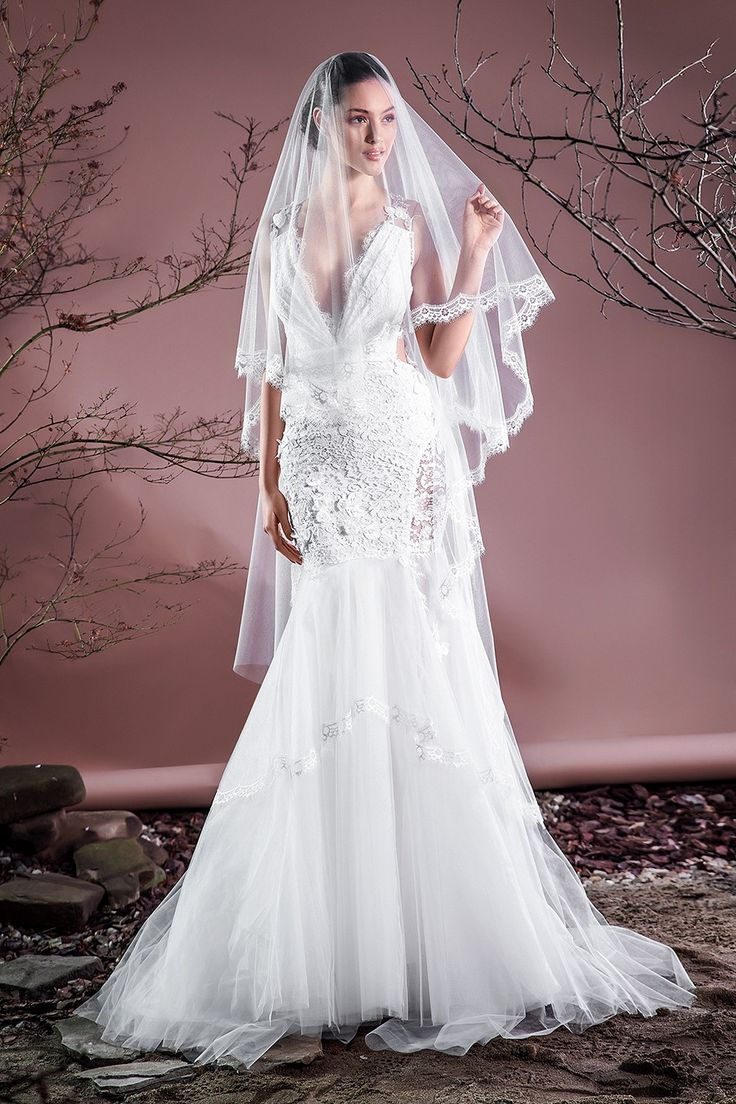 Unique CRISTALLINI BRIDAL VEIL SKA Bridal veil made of ivory tulle polyamide with Chantilly