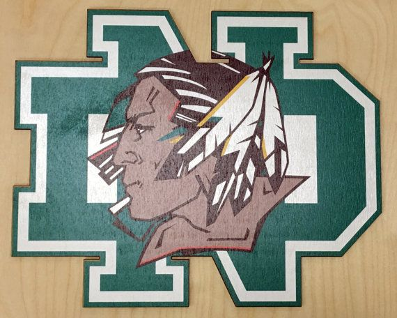 University of North Dakota Fighting Sioux wall plaque