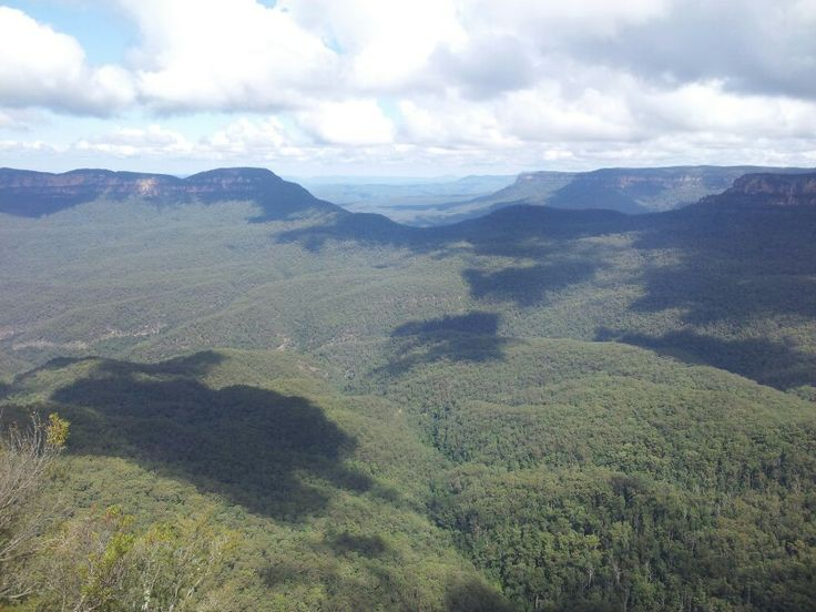 Clouds in the Blue Mountains