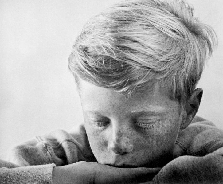 The boy a photographic essay online
