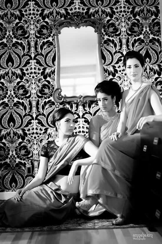 I totally need a posed group shot with my mom and sister, so elegant! This would be fun pre-wedding