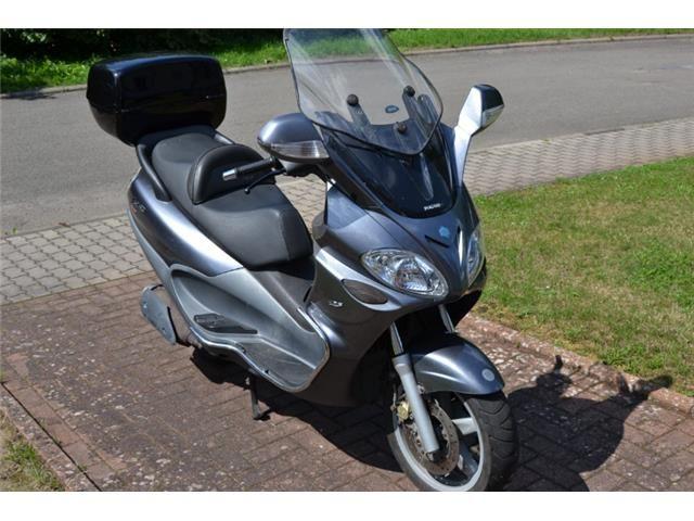 Piaggio X 9 Evolution 125 - 0