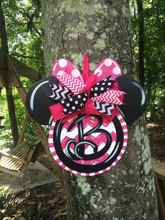 Minnie Mouse Door Hanger by WhimsyGirlArt on Etsy, $38.00