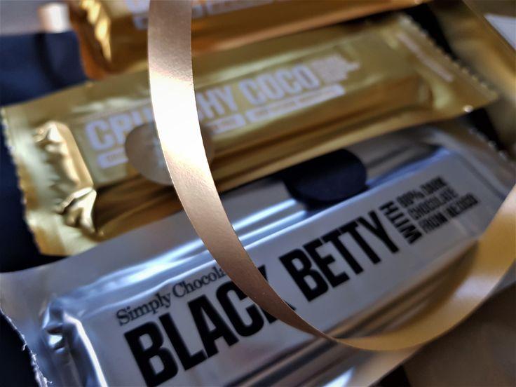 Echt lekker, deze chocoladerepen van Simply Chocolate. In kadopakketje GOING FOR GOLD bij HUISvanMO zitten er maar liefst 3.