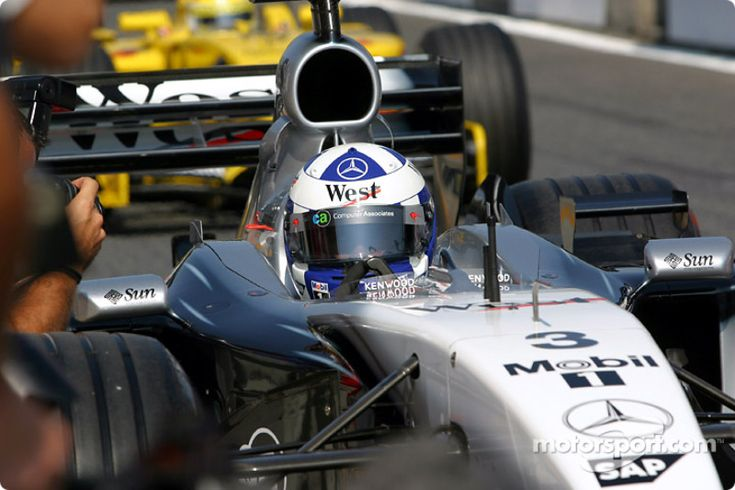 David Coulthard heads for starting grid