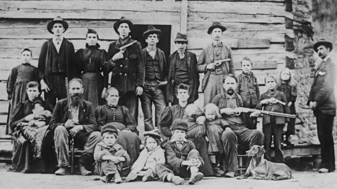 Check out seven facts about the legendary 19th-century feud between the Hatfield and McCoy families.