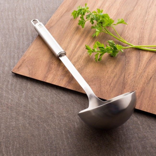 Stylish and durable 18/10 stainless steel construction makes J.A. Henckels International Classic kitchen tools the perfect choice for the serious home chef.